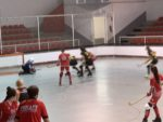 Femení Primera Catalana cau davant del HC Palau